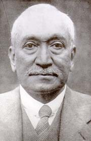 Abdullah Yusuf Ali- the respected Islamic educationalist and scholar who recruited Alexander Wilson to Islamia College in 1925. Image: Wikipedia Commons.